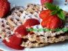 Dinkelwaffeln mit Erdbeeren