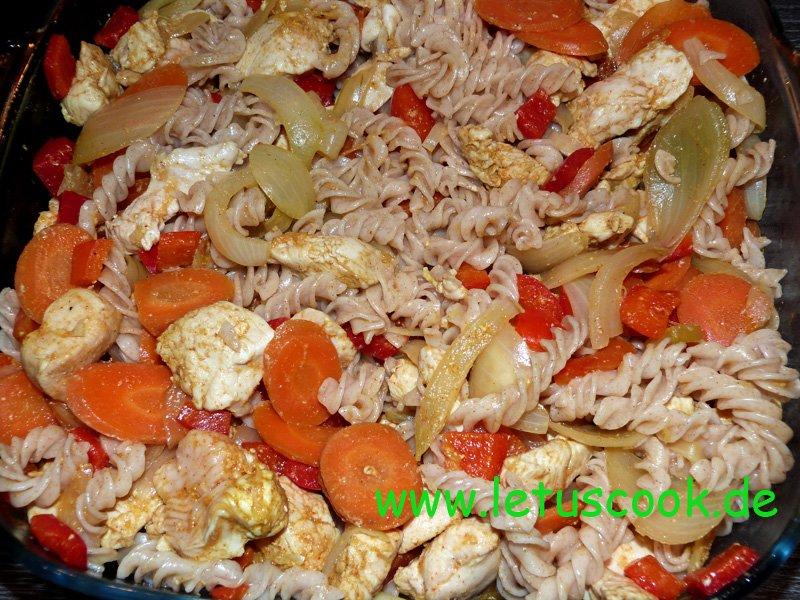 Fleisch Gemüse-Nudel Auflauf