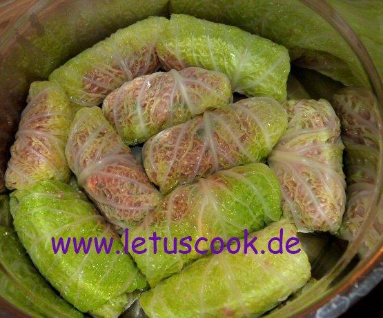 Fleisch Quinoa Kohlrouladen