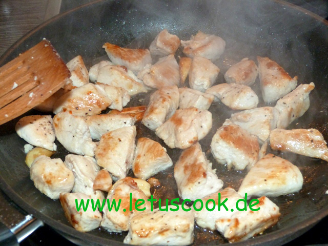 Hähnchenbrustfilet mit Champignons