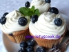 Heidelbeer-Cupcakes mit Frischkäse Frosting