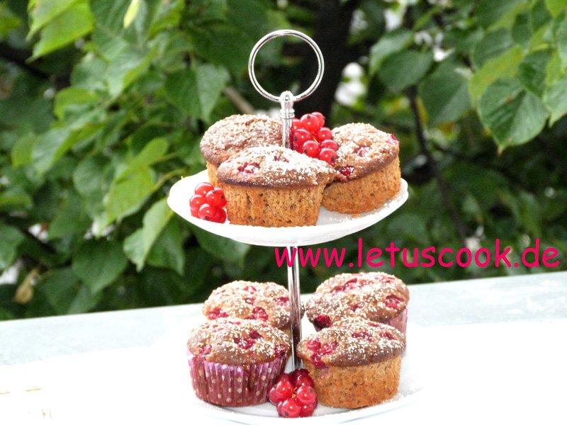 Johannisbeer-Mandel Muffins