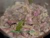 Khaurma-ein Gericht aus Hähncheninnereien