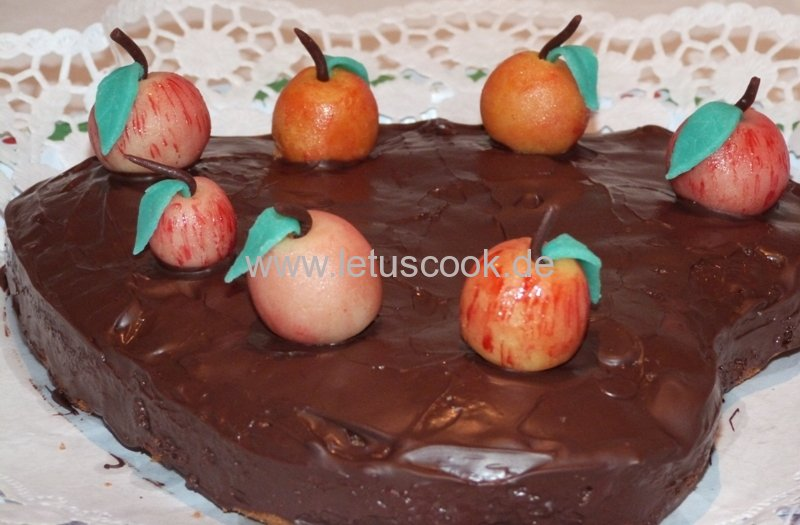 Mandel-Apfel Torte
