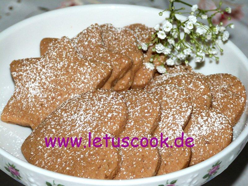 Walnuss-Kaffee- Plätzchen