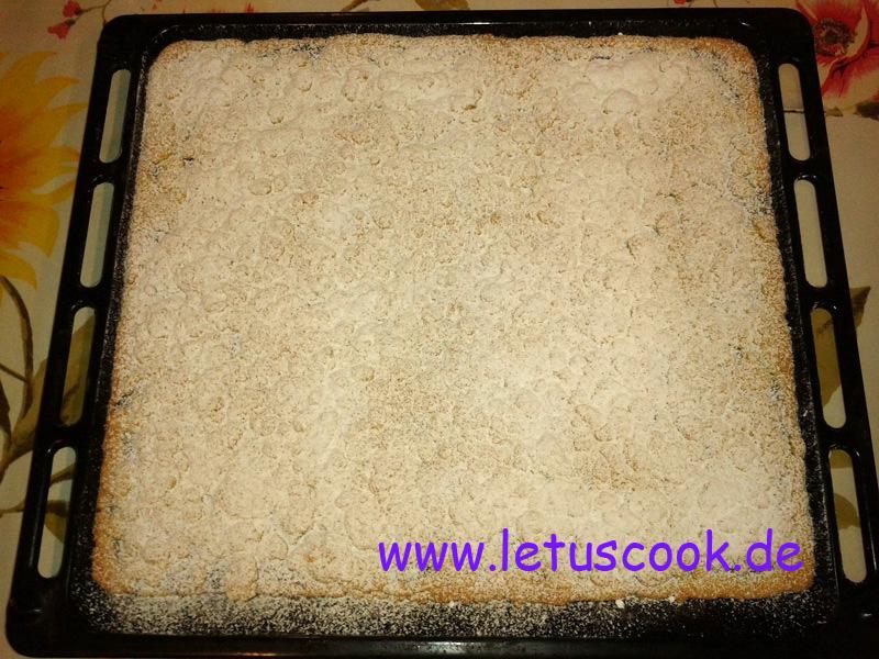 Streuselkuchen mit Konfitüre