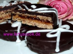 Dinkel-Schokoladen-Konfitüren Taler